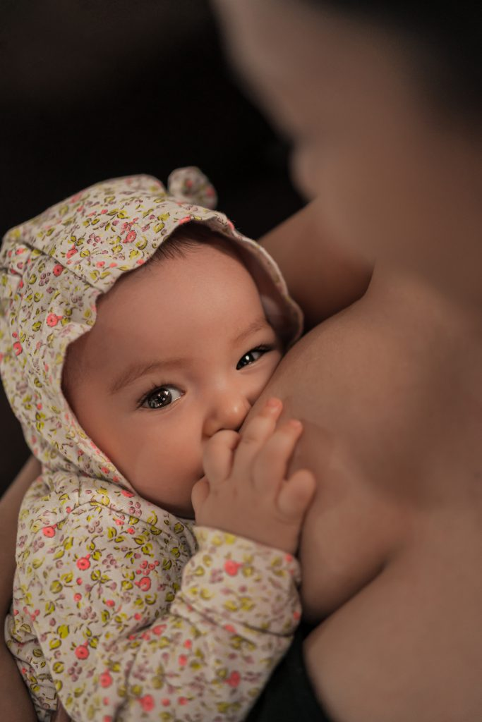 how to pump breast milk effectively. How to pump breast milk for storage.